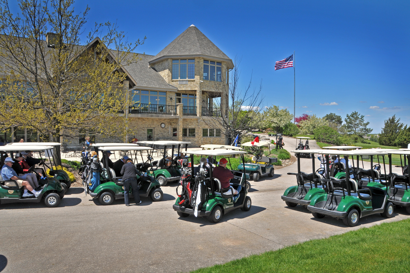 2016 Scholarship Golf Outing at Ironwood Golf Course