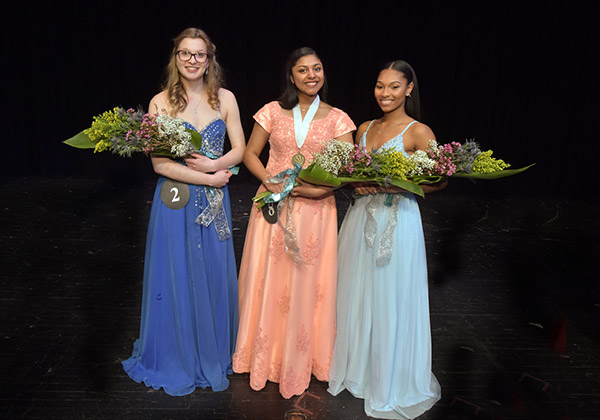 Distinguished Young Women
